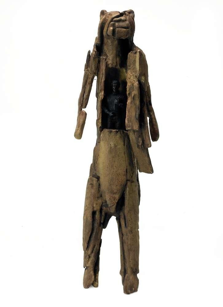 Abraham Poincheval, L'homme Lion, 2018 Reproduction numérique 3D, plastique, peinture à maquette, personnage plastique formule131 x 10 x 8.5 cm / 12 2/8 x 3 7/8 x 3 3/8 inches