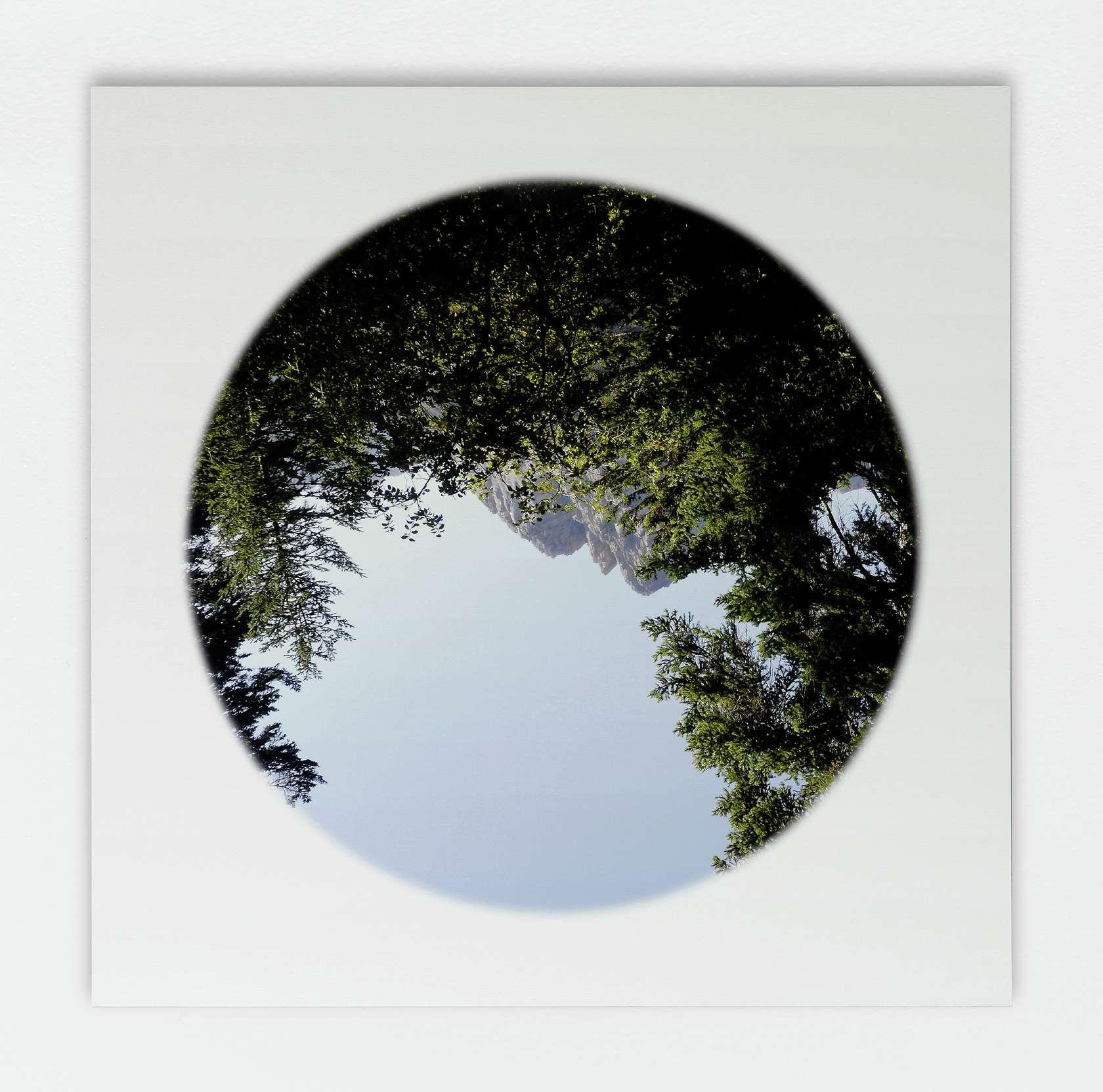 Abraham Poincheval, Gyrovague - Saison I, 2011 - 2012 Tirage pigmentaire sur papier coton contrecollé sur aluminium110 × 110 cm / 43 2/8 × 43 2/8 in.
