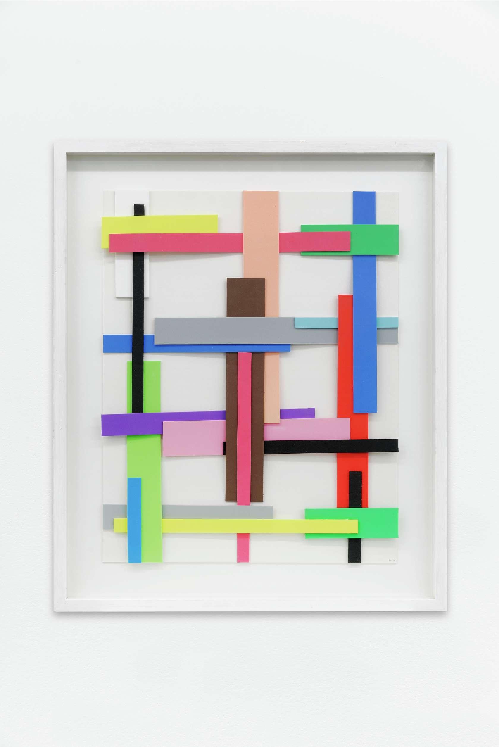 Beat Zoderer, Kreuzweise, 2000 Mousse, agrafes62 × 51 cm / 24 3/8 × 20 1/8 in.