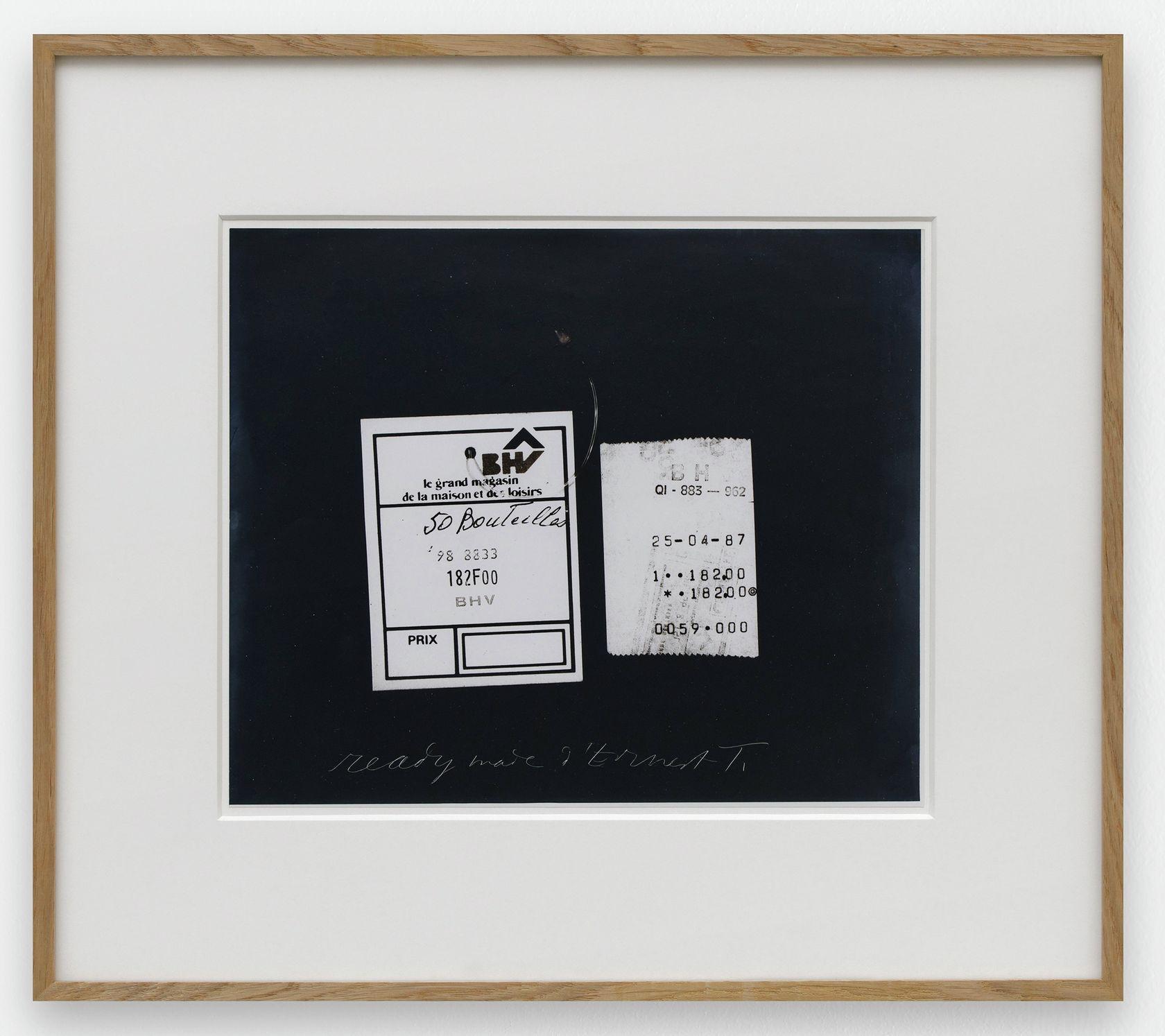 Ernest T., ready made d'Ernest T. , 1987 Tirage argentique25.5 × 30.5 cm / 10  × 12  in. | 42.4 × 47.8 × 3 cm / 16 6/8 × 18 7/8 × 1 1/8 in. (encadré/framed)