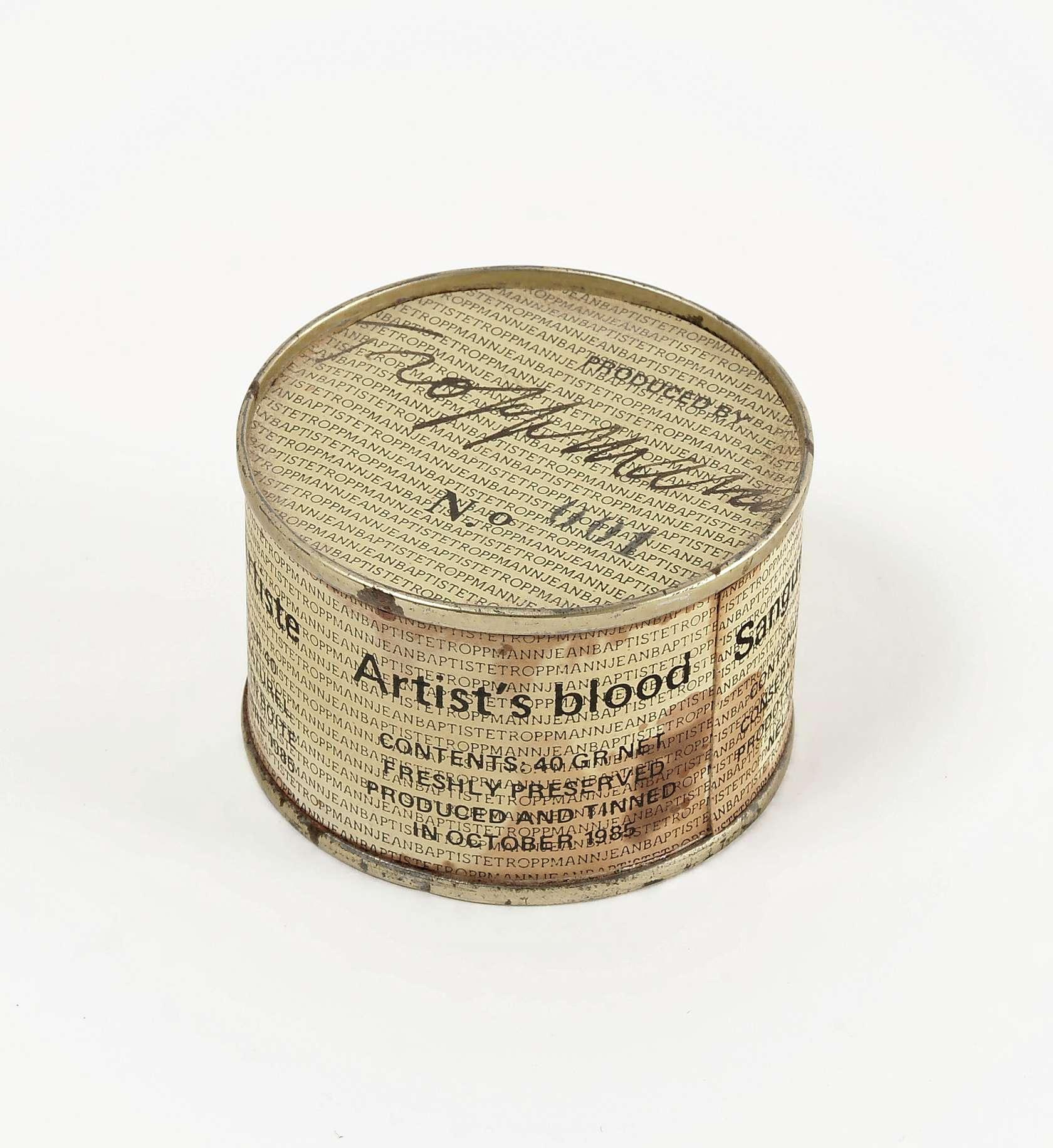 Ernest T., Sang d'artiste, 1985 Boîte de conserve et impression sur papier3.7 x 5.6 cm / 1 1/2 x 2 2/8 inches