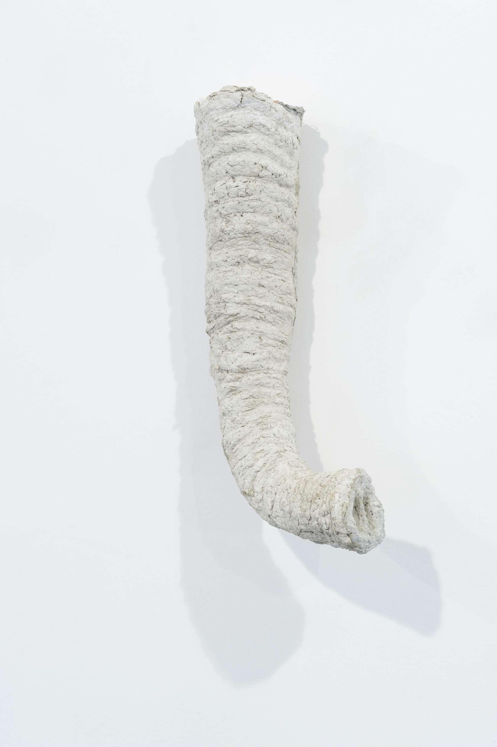 Laurent Le Deunff, Trompe II, 2012 Papier mâché, ciment56 × 25 × 24 cm / 22  × 9 7/8 × 9 1/2 in.