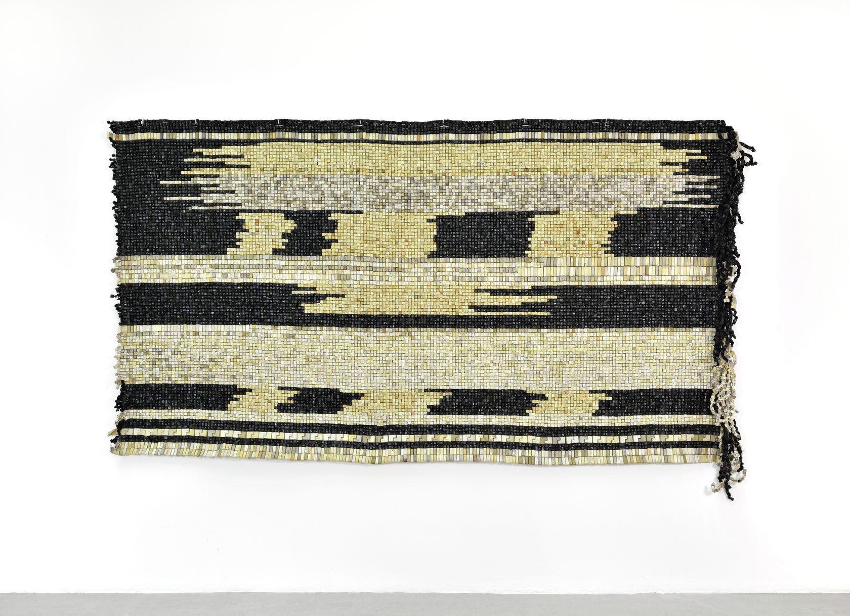 Moffat Takadiwa, 1930 Land Apportionment Act, 2020 Touches de clavier en plastique206.5 × 335 × 15 cm / 81 2/8 × 131 7/8 × 5 7/8 in.