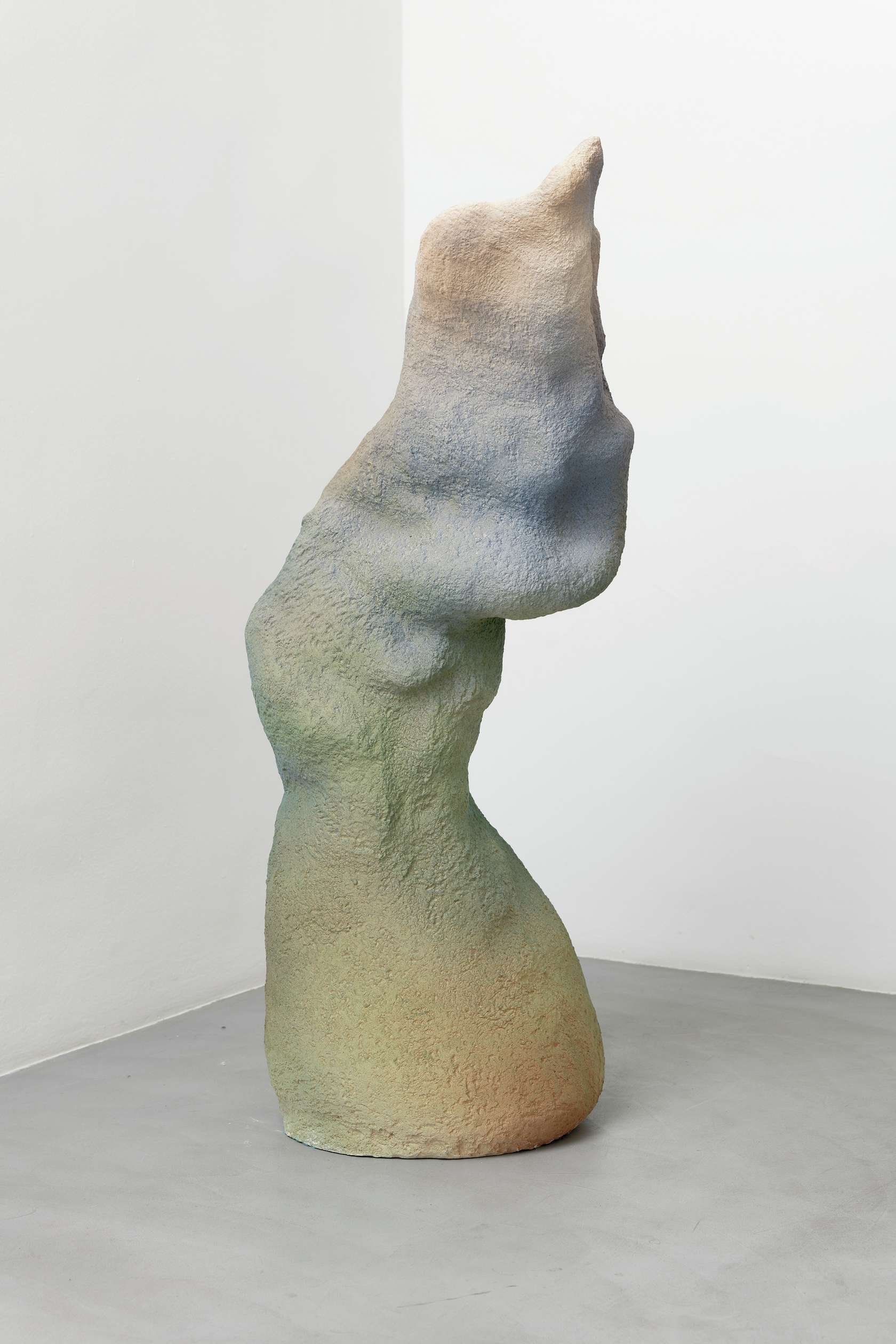 Salvatore Arancio, Lono, 2013 Céramique émaillée121 x 48 x 45 cm / 47 5/8 x 18 7/8 x 17 6/8 inches