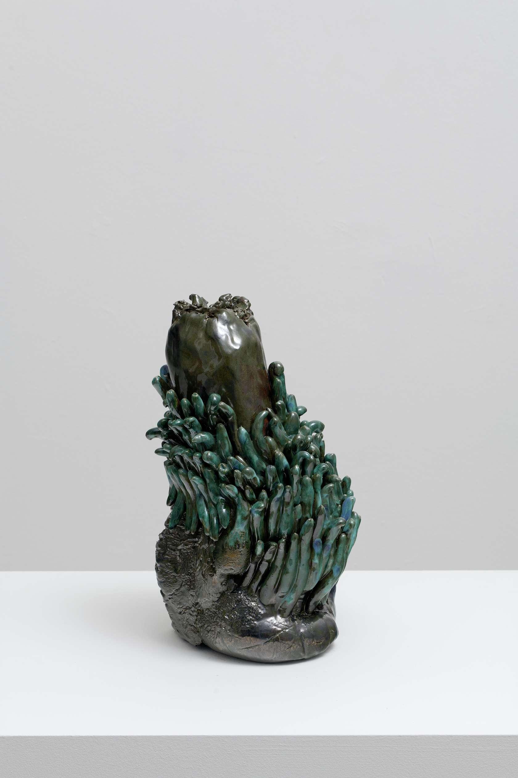 Salvatore Arancio, BF 16, 2019 Céramique émaillée36 × 22 × 21 cm / 14 1/8 × 8 5/8 × 8 2/8 in.