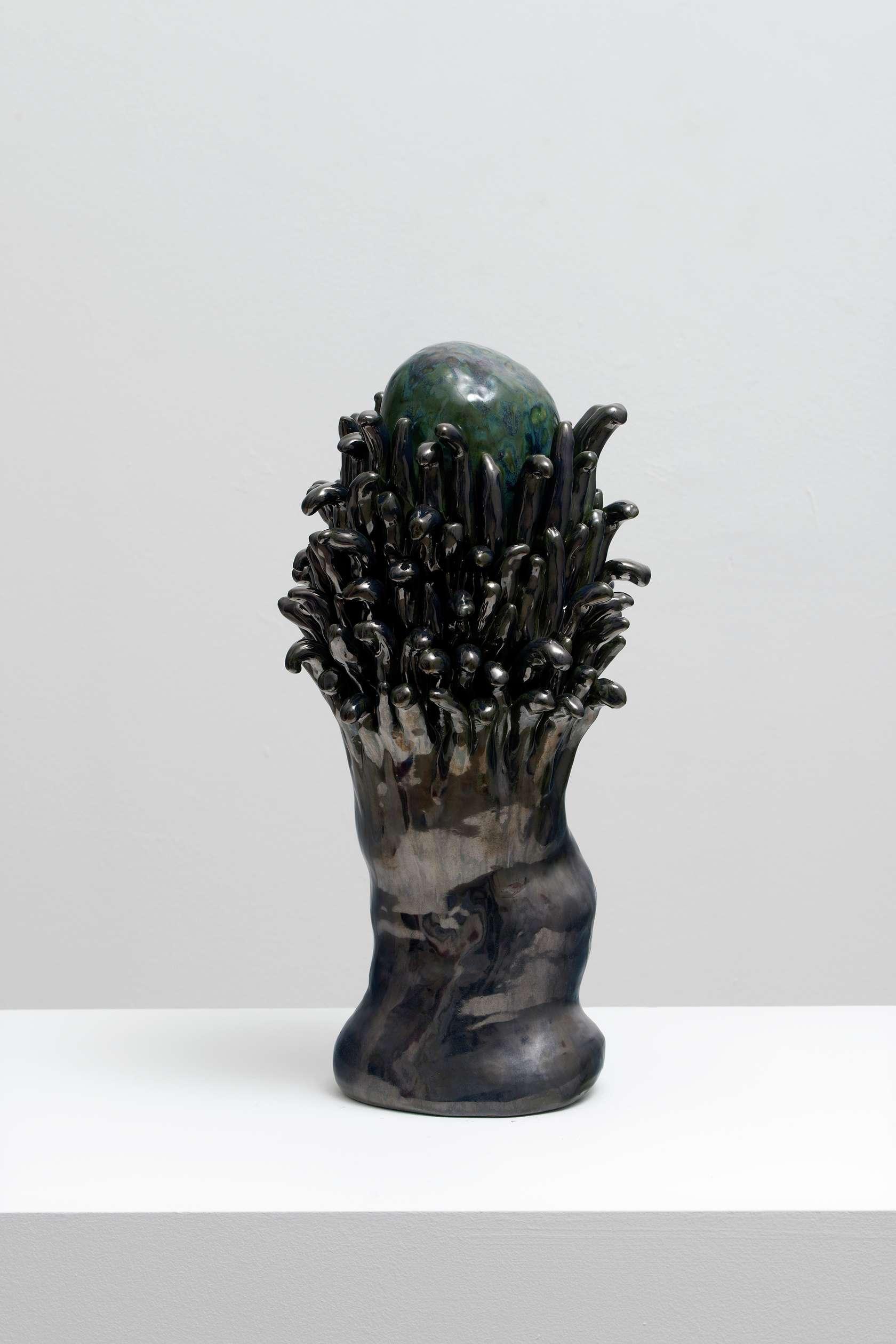 Salvatore Arancio, BF 17, 2019 Céramique émaillée44 x 21 x 19 cm / 17 3/8 x 8 2/8 x 7 1/2 inches