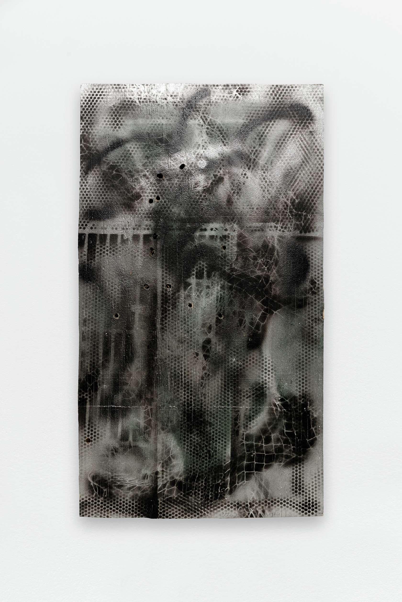 William S. Burroughs, '45 Writings, 1993 Peinture aérosol et 13 impacts de balles sur panneau de contreplaqué79.5 × 43.5 cm / 31 2/8 × 17 1/8 in.