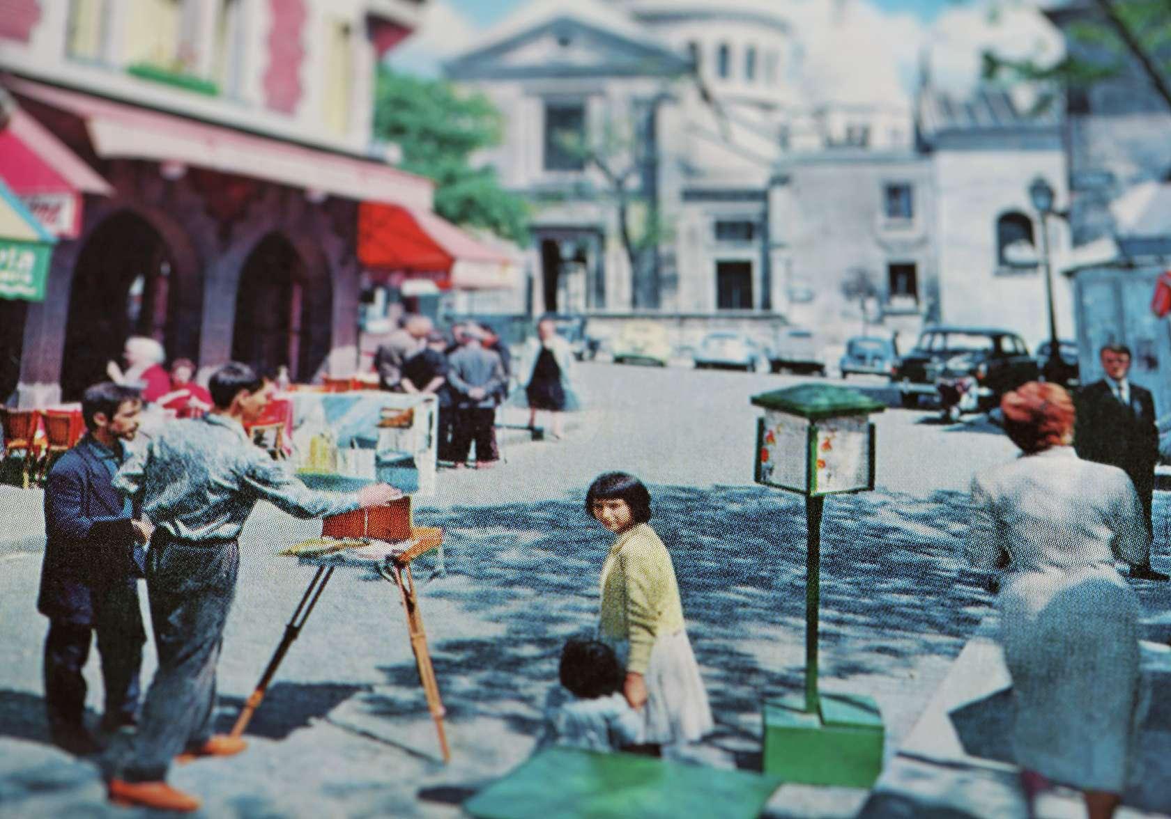 documentation céline duval, Vu! Place du Tertre, 2015 Tirage pigmentaire sur papier Fine Art Barita contrecollé sur dibond53 × 80 cm / 20 7/8 × 31 1/2 in.