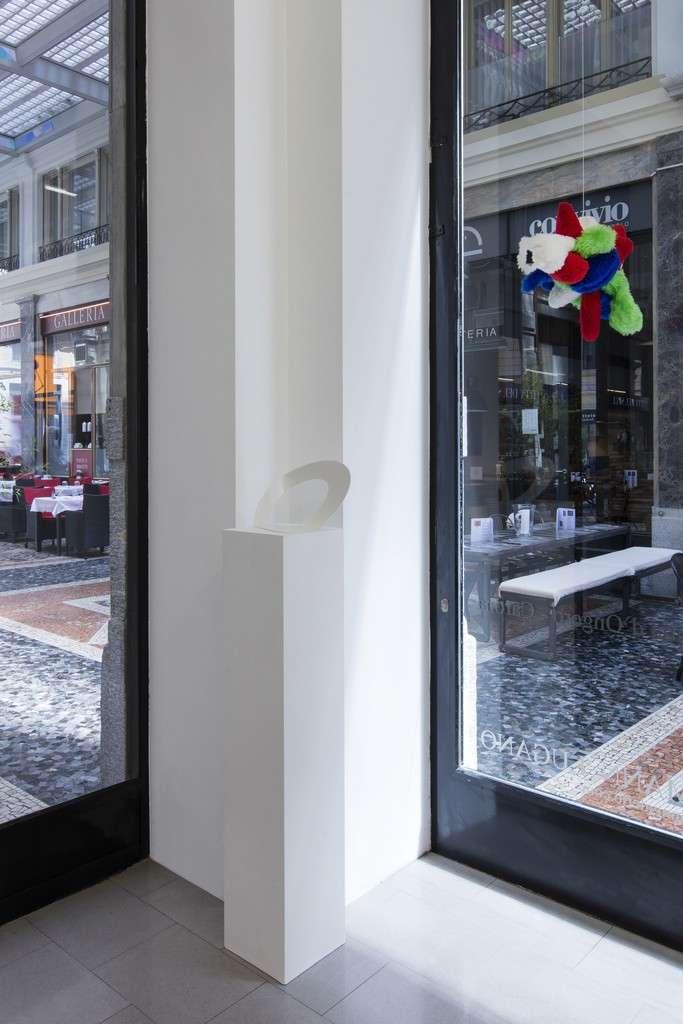 Felice Varini 14 artisti. Via Crucis - Madonna d'Ongero - Carona Buchmann Galerie Lugano, Lugano (CH) 26 mai  — 2 septembre 2018