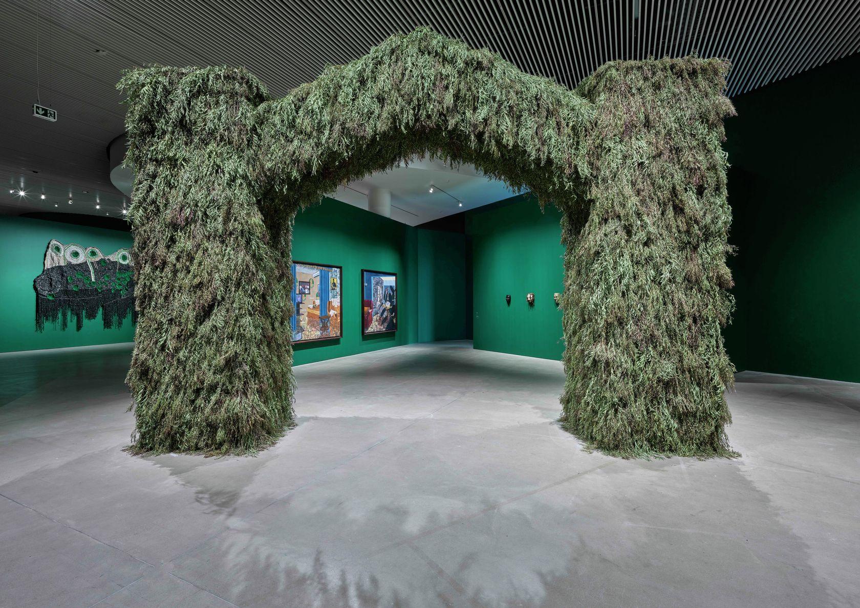 Moffat Takadiwa, THIS IS NOT AFRICA – UNLEARN WHAT YOU HAVE LEARNED, ARoS Aarhus Kunstmuseum, Aarhus (DK) 27 mars - 24 octobre 2021 © Anders Sune Berg