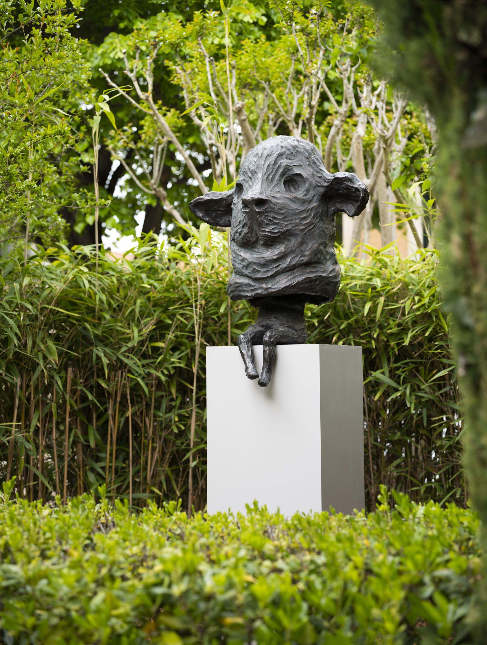 Sébastien Gouju & Françoise Pétrovitch Sculpture en fête Fondation Villa Datris, L'Isle-sur-la-Sorgue (FR) 22 mai  — 1er novembre 2021